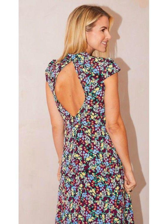 Vestido floral manga curta com decote subido e abertura nas costas