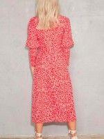 Vestido Vermelho Com Pequenas Flores Brancas