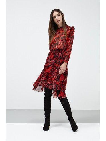 Vestido preto e vermelho com padrão floral