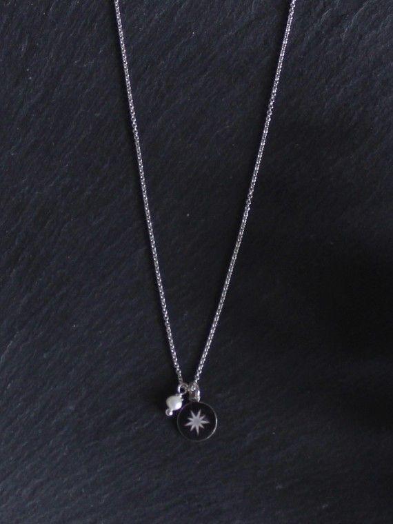 Fio pérola + medalha pequena | Estrela Polar Gravada