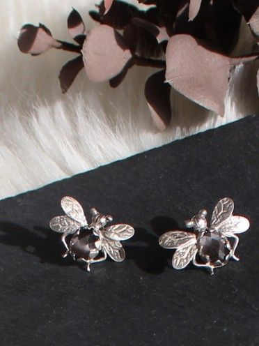 Brinco mosca prata + esmalte