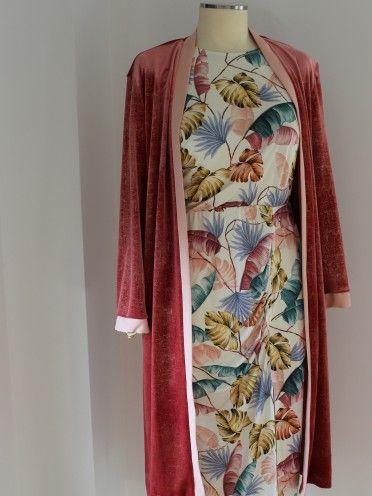 Kimono Com Brilho Dourado E Bolsos