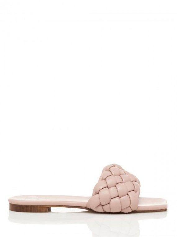 Sandália aberta c/trança